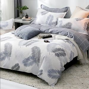 Other - Tropical Palm leaf print duvet cover gray white
